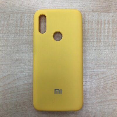 Накладка для Xiaomi Redmi 7 Mi Silicone Cover Yellow